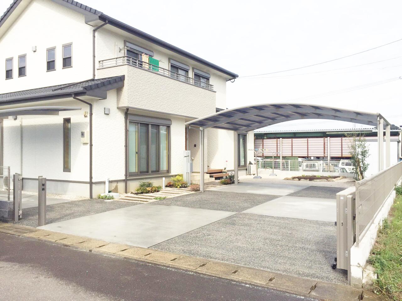 佐賀県嬉野市2色のコンクリートを使った玄関アプローチIMG_0694
